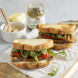 Sándwich de seitán,...